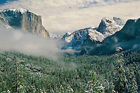 Yosemite Valley from Tunnel view<br />