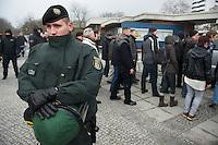 NPD-Veranstaltung gegen geplantes Fluechtlingsheim in Berlin-Neukoelln.<br />Etwa 30 Mitglieder und Sympathiesanten der NPD kamen am Samstag den 16. Februar 2013 zu einer oeffentlichen Veranstaltung der NPD-Berlin. Die NPD versuchte mit der Veranstaltung Stimmung gegen ein geplantes Fluechtlingsheim in Berlin-Neukoelln zu machen.<br />Im Bild: Die Polizei sorgte fuer einen ungehinderten Zugang der Rechtsradikalen zum Veranstaltungsort.<br />16.2.2013, Berlin<br />Copyright: Christian-Ditsch.de<br />[Inhaltsveraendernde Manipulation des Fotos nur nach ausdruecklicher Genehmigung des Fotografen. Vereinbarungen ueber Abtretung von Persoenlichkeitsrechten/Model Release der abgebildeten Person/Personen liegen nicht vor. NO MODEL RELEASE! Don't publish without copyright Christian-Ditsch.de, Veroeffentlichung nur mit Fotografennennung, sowie gegen Honorar, MwSt. und Beleg. Konto:, I N G - D i B a, IBAN DE58500105175400192269, BIC INGDDEFFXXX, Kontakt: post@christian-ditsch.de<br />Urhebervermerk wird gemaess Paragraph 13 UHG verlangt.]