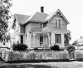 Y-680604-C05.  Webber House, diagonally across the street from the Ox Barn. house address is 208. Aurora, Oregon. June 4, 1968