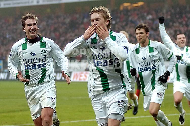fc groningen -psv eredivisie seizoen 2007-2008 26-12- 2007 lindgren en lovre vieren 1-1..fotograaf Jan Kanning *** Local Caption ***