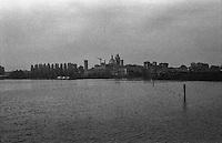 Mantova, veduta dal Lago Inferiore --- Mantua, view from lake Inferiore