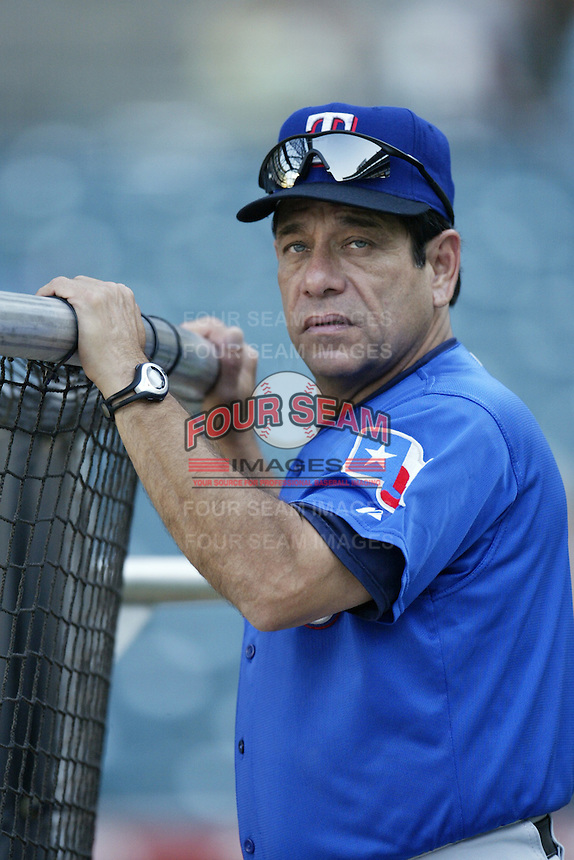 Texas Rangers Hitting Coach Rudy Jaramillo before a 2002 MLB season game against the Los Angeles Angels at Angel Stadium, in Los Angeles, California. (Larry Goren/Four Seam Images)
