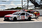 #19: Brandon Jones, Joe Gibbs Racing, Toyota Camry Hope for the Warriors