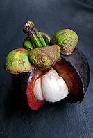 Alimentos. Frutas. Mangostim. Foto Juca Martins