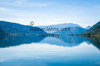 Oesterreich, Kaernten, Ossiacher See: im Hintergrund die Gailtaler Alpen auch Der Drauzug genannt   Austria, Carinthia, Lake Ossiach: with Gailtal Alps