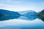 Oesterreich, Kaernten, Ossiacher See: im Hintergrund die Gailtaler Alpen auch Der Drauzug genannt | Austria, Carinthia, Lake Ossiach: with Gailtal Alps