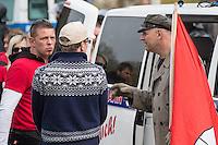 """Ca. 1000 Nazis aus ganz Deutschland marschierten am Sonntag den 1. Mai 2016 im Saeschsichen Plauen auf. Die Naziorganisation 3.Weg hatte den Marsch angemeldet. Etliche Nazis waren dabei vermummt und zeigten auch den Hitlergruss, die Polizei schritt jedoch nicht ein.<br /> Nach der Haelfte der Marschroute beendeten die Nazis ihre Demonstration, da die Polizei die Marschroute verkuerzen wollte. Sie forderten die Polizei auf den Weg freizugeben. Danach griffen Aufmarschteilnehmer die Polizei an, die daraufhin Wasserwerfer, Pfefferspray, Traenengas und Schlagstoecke einsetzte. Mehrere Gruppen Nazis zogen danach durch Plauen und jagten Menschen.<br /> Nach einer Stunde bekamen die Nazis einen erneuten Aufmarsch von der Polizei genehmigt und zogen zurueck zum Bahnhof.<br /> Links im Bild: Tony Gentsch. Gentsch hat massgeblich die verbotene Naziorganisation """"Freies Netz Sued"""", FNS, geleitet und war Aktivis im verbotenen """"Kampfbund Deutscher Sozialisten"""", KDS. Er ist mit am Naziversandhandel """"Final Resistance"""" beteiligt.<br /> Rechts im Bild: mit Hamburg-Fahne: Thomas """"Steiner"""" Wulff, Nazianfuehrer aus Hamburg. Seinen Spitznamen hat er sich vom SS Obergruppenfuehrer Felix Steiner genommen.<br /> 1.5.2016, Plauen<br /> Copyright: Christian-Ditsch.de<br /> [Inhaltsveraendernde Manipulation des Fotos nur nach ausdruecklicher Genehmigung des Fotografen. Vereinbarungen ueber Abtretung von Persoenlichkeitsrechten/Model Release der abgebildeten Person/Personen liegen nicht vor. NO MODEL RELEASE! Nur fuer Redaktionelle Zwecke. Don't publish without copyright Christian-Ditsch.de, Veroeffentlichung nur mit Fotografennennung, sowie gegen Honorar, MwSt. und Beleg. Konto: I N G - D i B a, IBAN DE58500105175400192269, BIC INGDDEFFXXX, Kontakt: post@christian-ditsch.de<br /> Bei der Bearbeitung der Dateiinformationen darf die Urheberkennzeichnung in den EXIF- und  IPTC-Daten nicht entfernt werden, diese sind in digitalen Medien nach §95c UrhG rechtlich geschuetzt. Der Urhebervermerk wird """