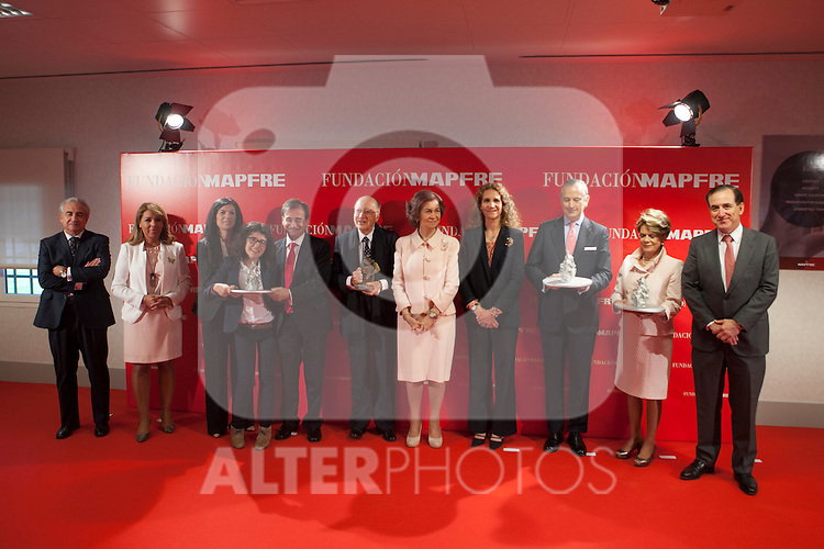 Queen Sofia of Spain poses with the awarded during the Mapfre Foundation Social Awards ceremony at Mapfre Campus in Madrid, Spain. May 20, 2014. (ALTERPHOTOS/Victor Blanco)