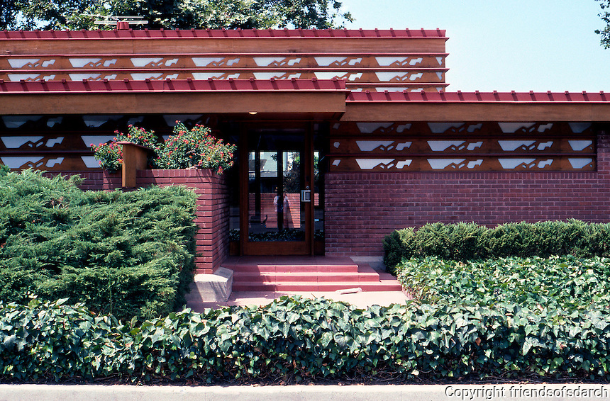 F.L. Wright: Kundert Medical Bldg. Entrance. (Partial elevation)  Photo '85.