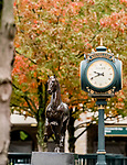 October 30, 2020: The view of the Breeders' Cup statue in the paddock at Keeneland Racetrack in Lexington, Kentucky on October 30, 2020. Scott Serio/Eclipse Sportswire/Breeders Cup/CSM