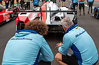 Checking out the opposition, 24 Hours of Le Mans, Group Photo, Circuit des 24 Heures, Le Mans, Pays da Loire, France