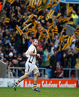 Photo: Richard Lane/Richard Lane Photography. Exeter Chiefs v Wasps. Aviva Premiership Semi Final. 21/05/2016.  Wasps' James Haskell leads the team out.