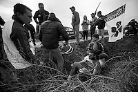 Paris-Roubaix 2012 ..Edwig Cammaerts found the ditch
