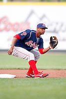 August 1, 2009:  Shortstop Ozzie Chavez of the Reading Phillies during a game at Jerry Uht Park in Erie, PA.  Reading is the Eastern League Double-A affiliate of the Philadelphia Phillies.  Photo By Mike Janes/Four Seam Images