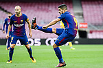 Luis Alberto Suarez Diaz (R) of FC Barcelona in action during the La Liga 2017-18 match between FC Barcelona and Las Palmas at Camp Nou on 01 October 2017 in Barcelona, Spain. (Photo by Vicens Gimenez / Power Sport Images