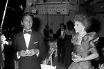 PATRICIA KENNEDY  E VALENTINO GARAVANI<br /> PREMIO THE BEST RAINBOW ROOM ROCKFELLER CENTER NEW YORK 1982