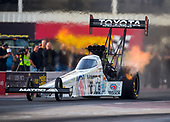 1-2 February 2017, Chandler, Arizona, USA Antron Brown, Matco Tools, top fuel dragster ©2017, Mark J. Rebilas