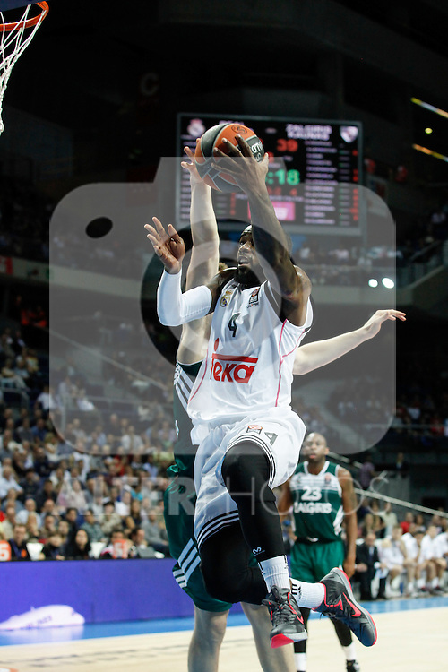 Basketball Real Madrid´s Rivers (R) during Euroleague basketball match in Madrid, Spain. October 17, 2014. (ALTERPHOTOS/Victor Blanco)