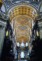Sir Christopher Wren: St. Paul's Cathedral--interior. 1675-1711. Looking to choir from nave. Photo '87.