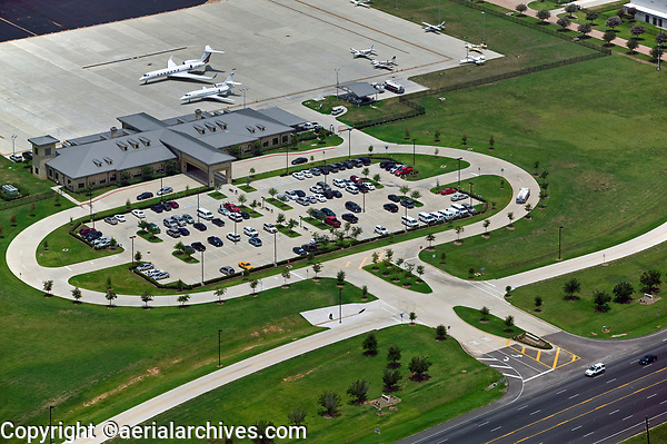 aerial photograph of the airport terminal at Sugar Land Regional Airport (SGR), Sugar Land, Texas