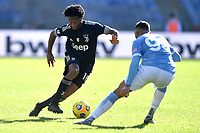 Juan Cuadrado of Juventus FC and Mohamed Fares of SS Lazio compete for the ball during the Serie A football match between SS Lazio  and Juventus FC at Olimpico Stadium in Roma (Italy), November 8th, 2020. Photo Antonietta Baldassarre / Insidefoto