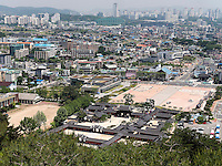 Hwaesong Haeggung Palast in der Festung von Suwon, Provinz Gyeonggi-do, Südkorea, Asien, Unesco-Weltkulturerbe<br /> Hwaesong Haeggung palace inside fortress Hwaseong, Suwon, Province Gyeonggi-do, South Korea Asia, UNESCO World-heritage