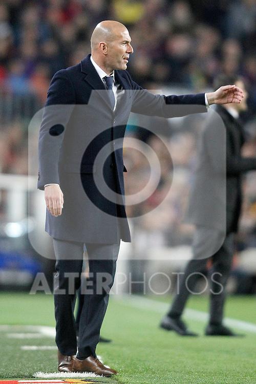 Real Madrid's coach Zinedine Zidane during La Liga match. April 2,2016. (ALTERPHOTOS/Acero)