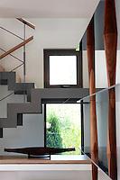 PIC_1563-GEOMETRIC BUILDING