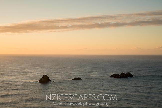 East Coast sunrise near Kairakau Beach, Hawke's Bay, East Coast, North Island, New Zealand, NZ