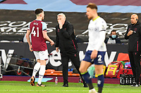 West Ham Manager David Moyes give a word to Declan Rice of West Ham United during West Ham United vs Aston Villa, Premier League Football at The London Stadium on 30th November 2020