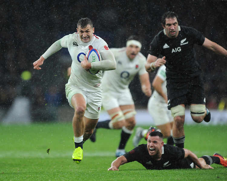 Jonny Mayof England leaves Samuel Whitelock and Ryan Crotty of New Zealand in his wake during the Quilter International match between England and New Zealand at Twickenham Stadium on Saturday 10th November 2018 (Photo by Rob Munro/Stewart Communications)