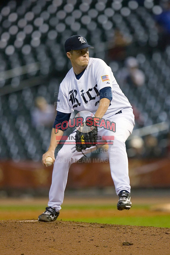 Relief pitcher Jordan Rogers #31 of the Rice Owls in action versus the UCLA Bruins in the 2009 Houston College Classic at Minute Maid Park February 27, 2009 in Houston, TX.  The Owls defeated the Bruins 5-4 in 10 innings. (Photo by Brian Westerholt / Four Seam Images)