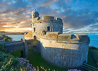 St Mawes Castel, built as part opt a defensive chain of south coast fortresses between 1540 & 1545 by King of England, Henry VIII. Near Falmouth, Cornwall, England