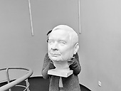 Warsaw 20.10.2017 Poland<br /> A bust of former president Lech Kaczynski, exhibited in Warsaw in 2017 as a monument to the victims of the Smolensk air disaster<br /> Photo: Adam Lach