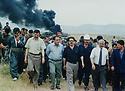 Iraq 1996 .<br /> A delegation  of  the government of Suleimania visiting the oilfield of Taq Taq  :4th from right Kosrat Rasul and 5th, Saadi Pira .<br /> Irak 1996 .<br /> Une delegation du gouvernement de Souleimania visitant le champ de petrole de Taq Taq: 4 eme a droite, Kosrat Rasul et 5eme Saadi Pira