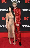 NEW YORK, NY- SEPTEMBER 12: Megan Fox and Machine Gun Kelly at the 2021 MTV Video Music Awards at Barclays Center on September 12, 2021 in Brooklyn,  New York City. <br /> CAP/MPI/JP<br /> ©JP/MPI/Capital Pictures