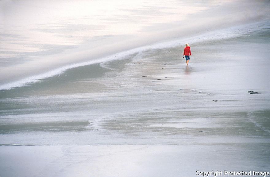A beachwalk on Cape Reinga north on New Zealand