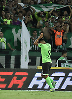 MEDELLÍN -COLOMBIA - 18-06-2017: Jefferson Duque del Deportivo Cali  celebra un gol anotado a Atlético Nacional durante partido de vuelta por la final de la Liga Águila I 2017 jugado en el estadio Atanasio Girardot de la ciudad de Medellín. / Jefferson Duque (L) Player of Deportivo Cali celebrates a goal scored to Atletico Nacional during second leg match for the final of the Aguila League I 2017 at Atanasio Girardot stadium in Medellin city. Photo: VizzorImage/ Gabriel Aponte / Staff