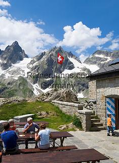 Switzerland, Canton Uri, at Sustenpass Road - border between cantone Bern + Uri: Sustli mountain hut, Fuenffingerstock mountains with peaks Wendenhorn und Wasenhorn
