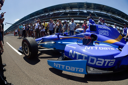 Verizon IndyCar Series<br /> Indianapolis 500 Carb Day<br /> Indianapolis Motor Speedway, Indianapolis, IN USA<br /> Friday 26 May 2017<br /> Scott Dixon, Chip Ganassi Racing Teams Honda during the pit stop competition<br /> World Copyright: Scott R LePage<br /> LAT Images<br /> ref: Digital Image lepage-170526-indy-9825