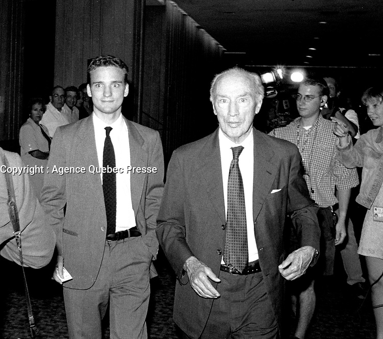 September 27, 1998 - Sacha and Pierre Trudeau attend the opening of the World Film Festival at Place-des-arts