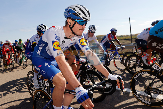 Remi Cavagba (FRA) Deceuninck-Quick Step in the peloton during Stage 9 of the Vuelta Espana 2020 running 157.7km from B.M. Cid Campeador. Castrillo del Val to Aguilar de Campo, Spain. 29th October 2020.    <br /> Picture: Luis Angel Gomez/PhotoSportGomez | Cyclefile<br /> <br /> All photos usage must carry mandatory copyright credit (© Cyclefile | Luis Angel Gomez/PhotoSportGomez)