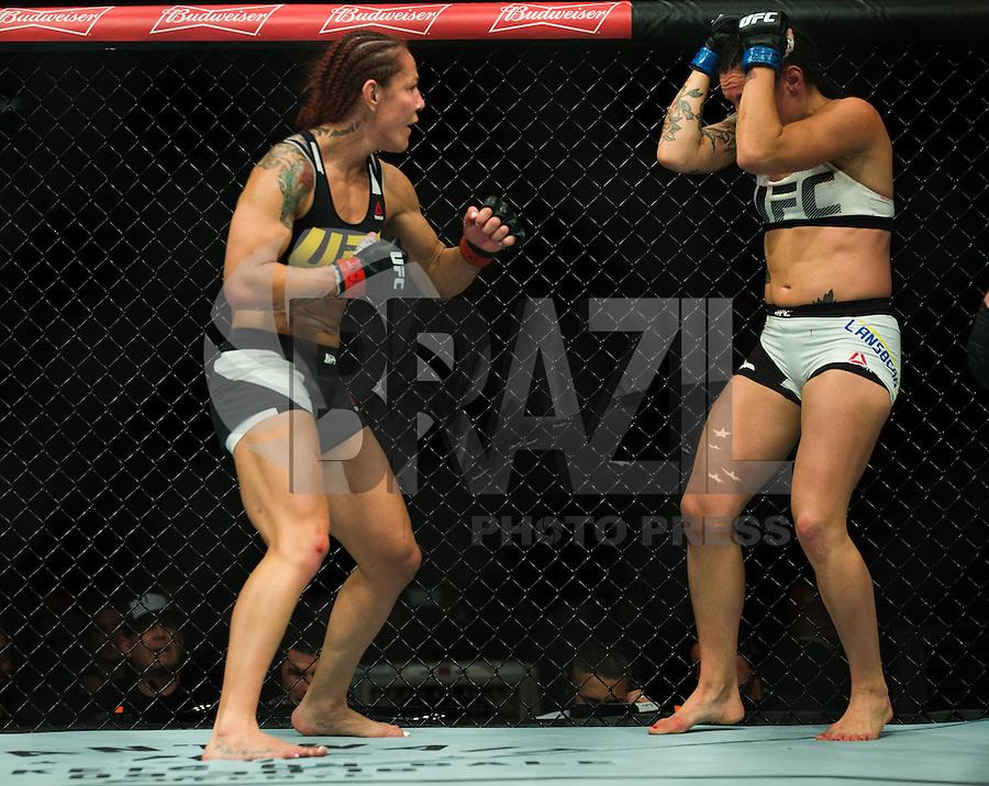 BRASILIA, DF, 24.09.2016 - UFC-BRASILIA - Cris Cyborg (vermelho) e Lina Lansberg (azul) durante UFC Fight Night Brasília, no Ginásio Nilson Nelson, neste sábado, 24. (Foto:Ed Ferreira / Brazil Photo Press)