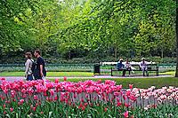 Jardim de tulipas no Parque Keukenhof. Amsterdam. Holanda. 2009. Foto de Rogério Reis.