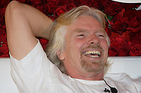 """Montreal (QC) CANADA, February 14, 2008<br /> <br /> Richard Branson in Montreal on Valentine day to convince customer to """" Fall in Love with Virgin Mobile""""<br /> <br /> <br /> <br /> <br /> photo : (c)   images Distribution"""