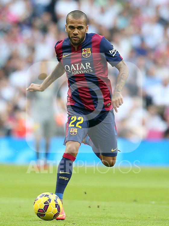 FC Barcelona's Daniel Alves during La Liga match.October 25,2014. (ALTERPHOTOS/Acero)