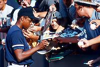 Dwight Gooden of the New York Yankees at Anaheim Stadium in Anaheim,California during the 1996 season. (Larry Goren/Four Seam Images)