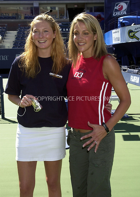 *WORLD RIGHTS*.Summer Sanders and Maggie Rieser..New York, USA.   2002   Ref: SA0005.Please Byline AJ Sokalner/Big Pictures USA