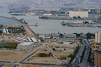 LEBANON, Beirut, port and container terminal of Beirut, to the right Silo which exploded in august 2020 / LIBANON, Beirut, Hafen und Container Terminal am Mittelmeer, rechts Silo der im August 2020 durch einen Explosion zerstört wurde