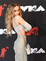 Dove Cameron attends the 2021 MTV Video Music Awards at Barclays Center on September 12, 2021 in the Brooklyn borough of New York City.<br /> CAP/MPI/IS/JS<br /> ©JSIS/MPI/Capital Pictures